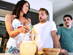 Shy Moms First Squirt - BrazzersNetwork
