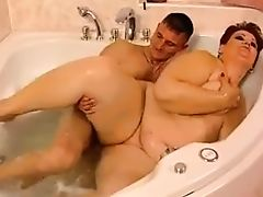 Sexy Mature BBW Fucked in Bath