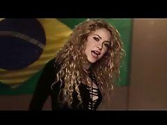 shakira mundial brasil feet